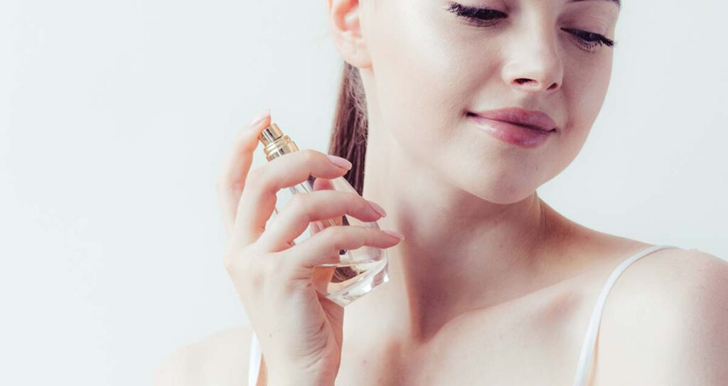 7 Secrets to Pick the Best Arabian Fragrance for Women – a Guide You Can Swear By
